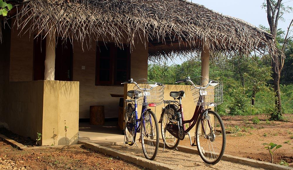 Niyagala lodge bike in Sri Lanka